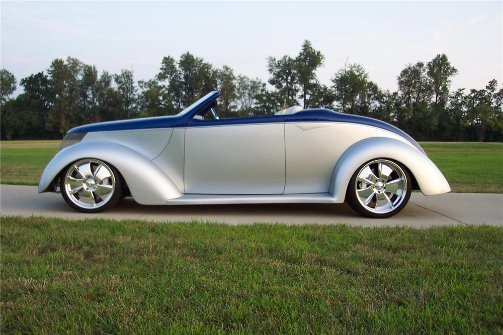 "1937 FORD CUSTOM CONVERTIBLE ""EDGE"" - Side Profile - 43799"