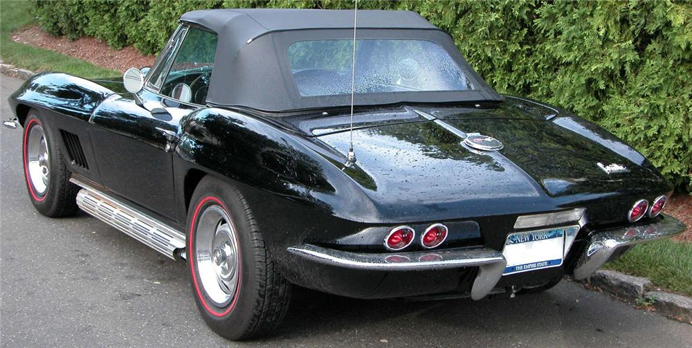 1967 CHEVROLET CORVETTE 427/400 CONVERTIBLE - Rear 3/4 - 43829
