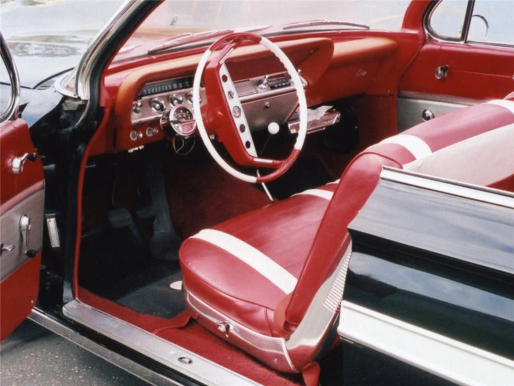 1961 CHEVROLET IMPALA CUSTOM CONVERTIBLE - Interior - 43846