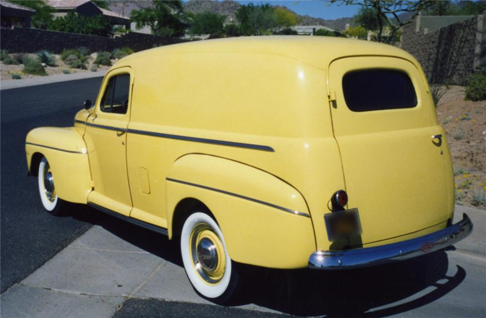 1946 FORD DELUXE DELIVERY WAGON - Rear 3/4 - 43847