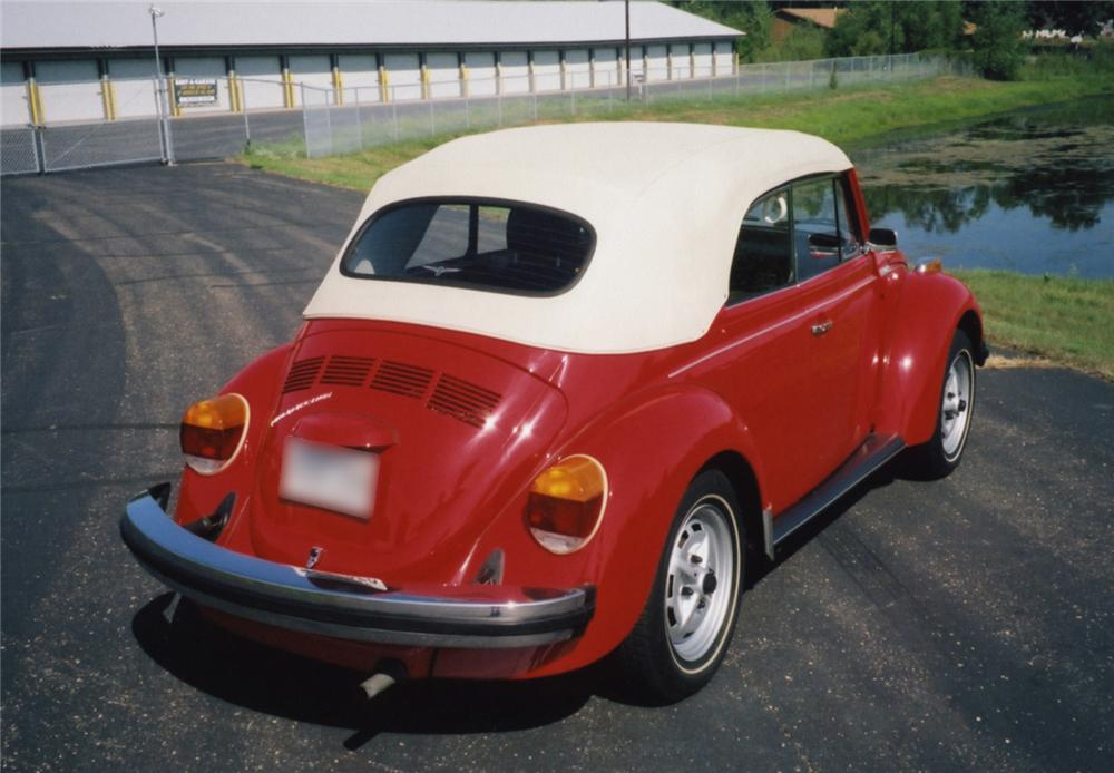 1979 VOLKSWAGEN BEETLE CONVERTIBLE - Rear 3/4 - 43854