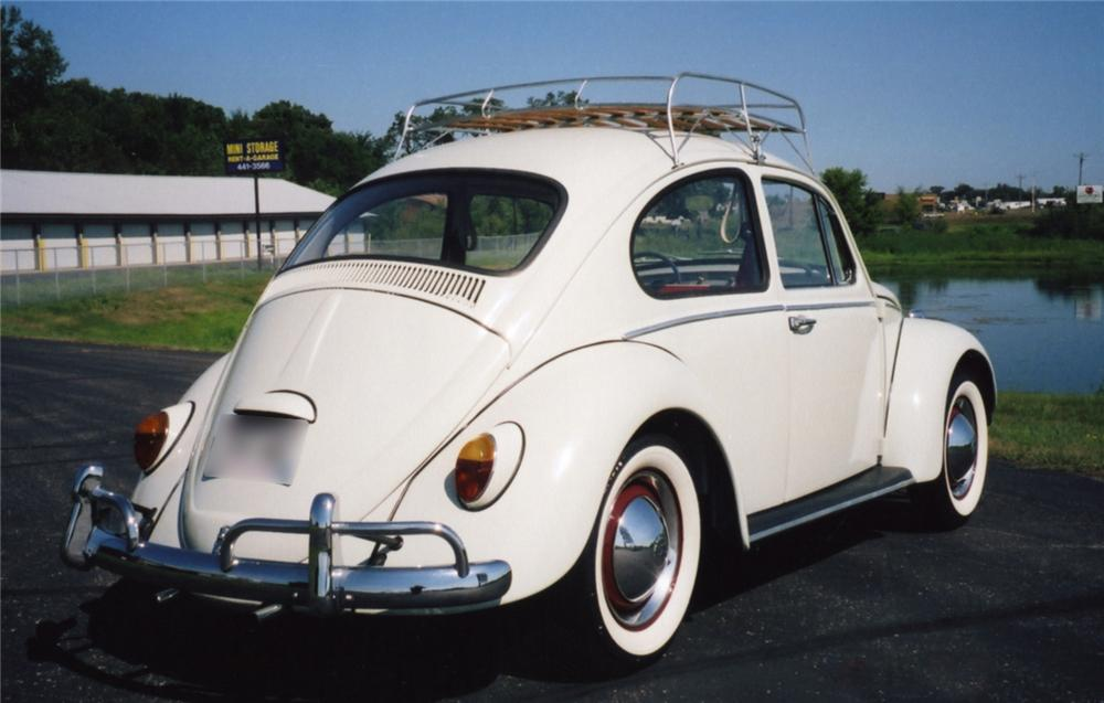 1961 VOLKSWAGEN BEETLE COUPE - Rear 3/4 - 43855