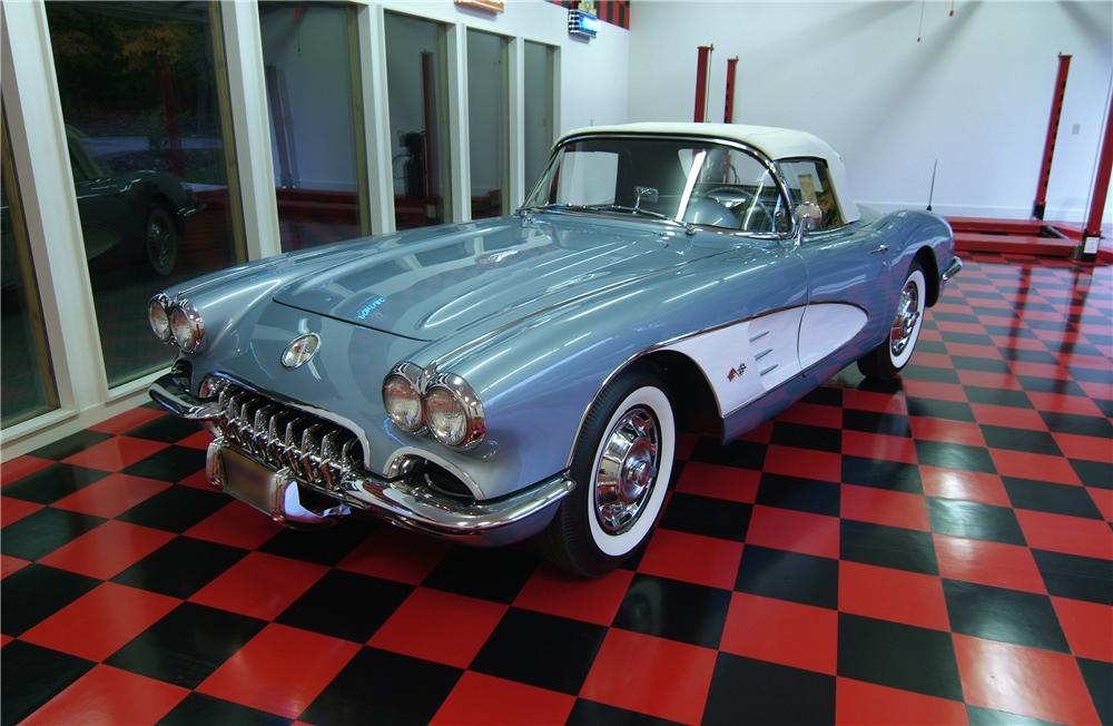 1959 CHEVROLET CORVETTE CONVERTIBLE - Front 3/4 - 43874