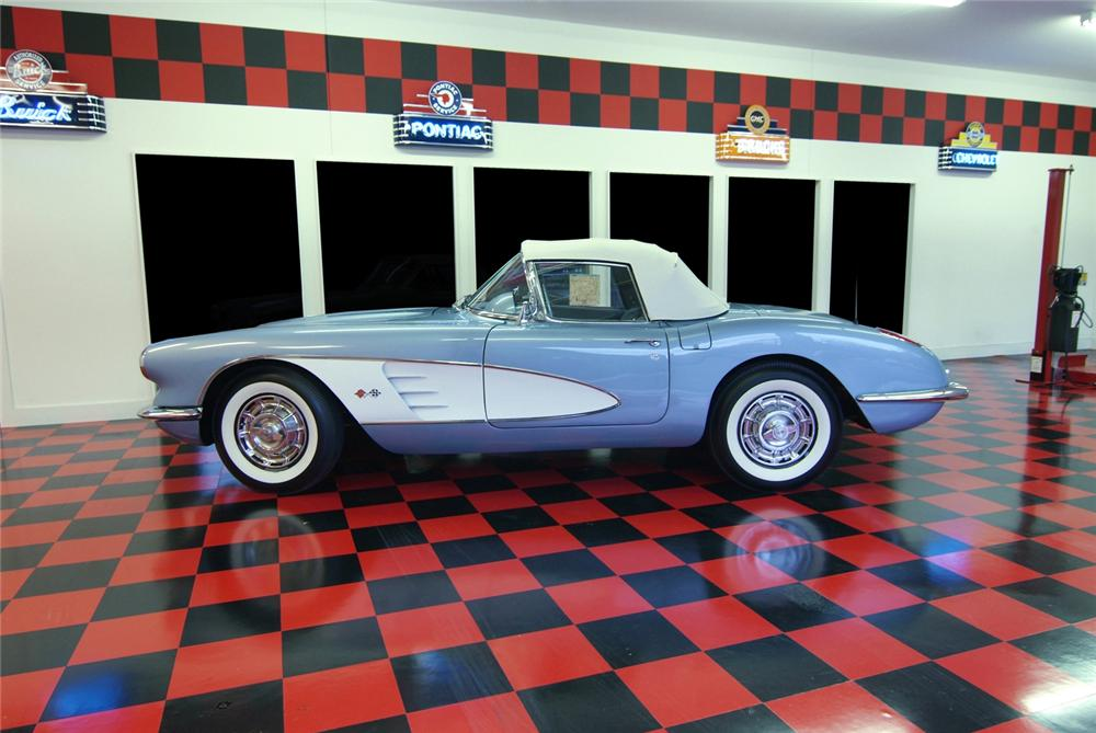 1959 CHEVROLET CORVETTE CONVERTIBLE - Side Profile - 43874