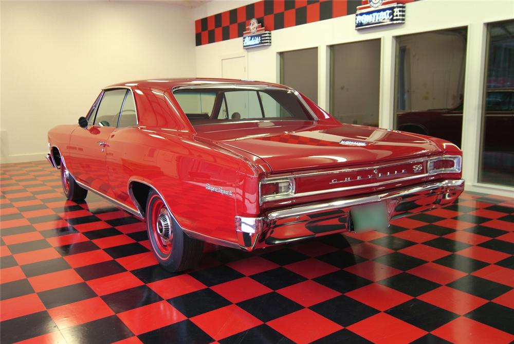 1966 CHEVROLET CHEVELLE SS 396 2 DOOR HARDTOP - Rear 3/4 - 43876