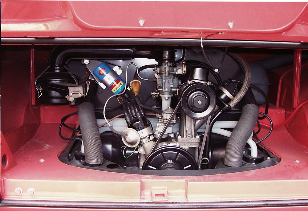 1962 VOLKSWAGEN 23 WINDOW BUS - Engine - 43879