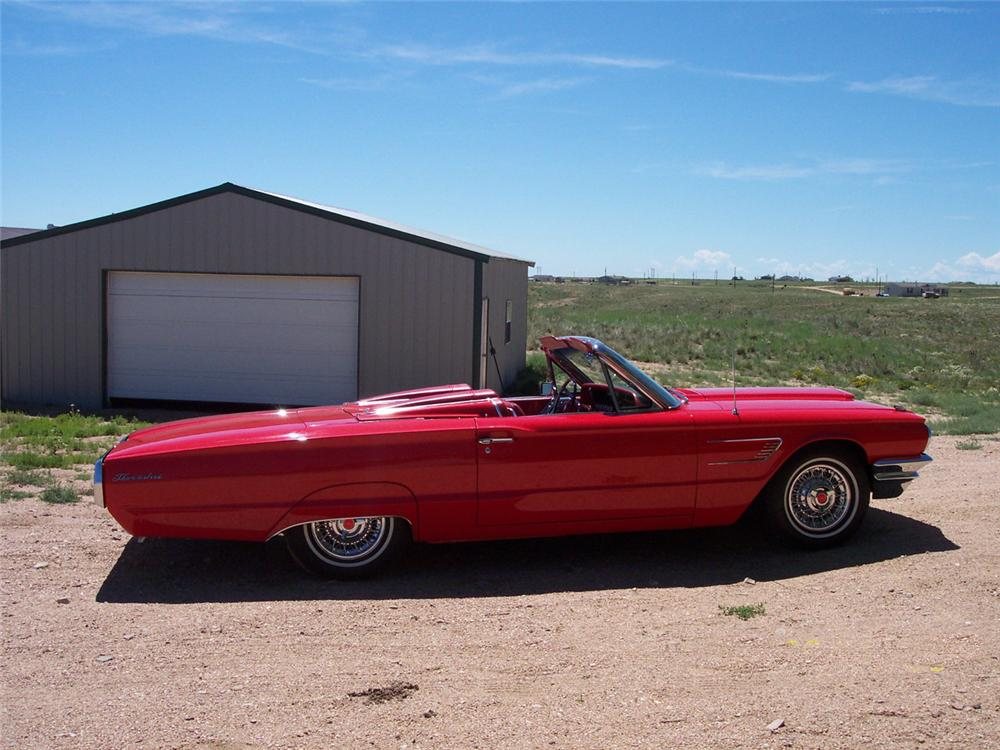1965 FORD THUNDERBIRD CONVERTIBLE - Side Profile - 43889