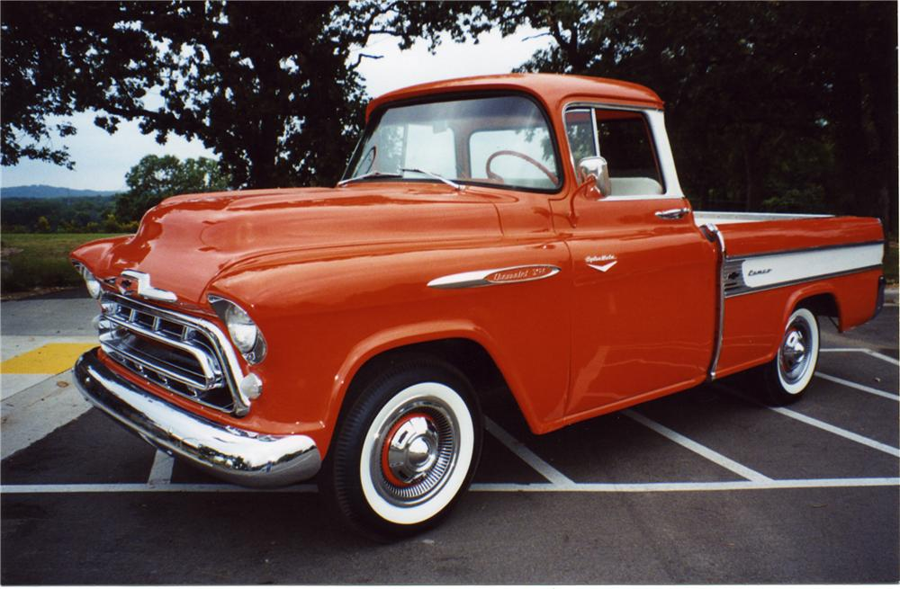 1957 CHEVROLET CAMEO PICKUP - Front 3/4 - 43892
