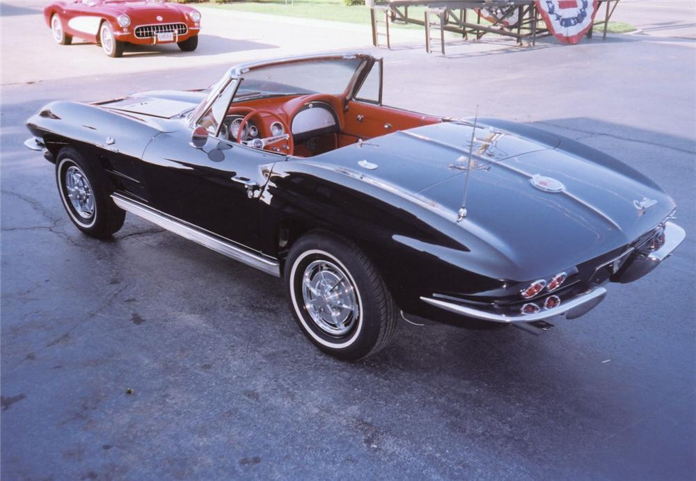 1963 CHEVROLET CORVETTE FI CONVERTIBLE - Rear 3/4 - 43893