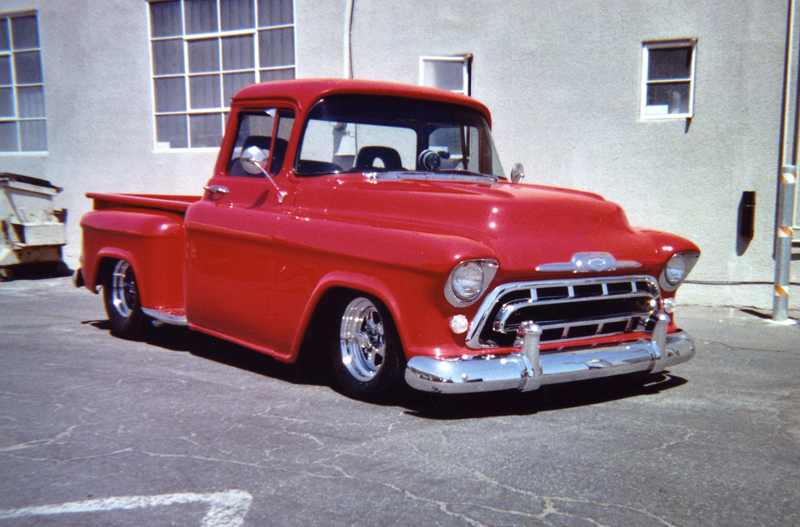 1957 CHEVROLET C-10 STEP-SIDE PICKUP - Front 3/4 - 43902