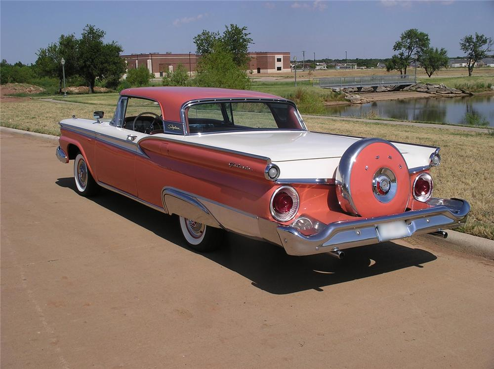 1959 FORD GALAXIE 500 RETRACTABLE - Rear 3/4 - 43921
