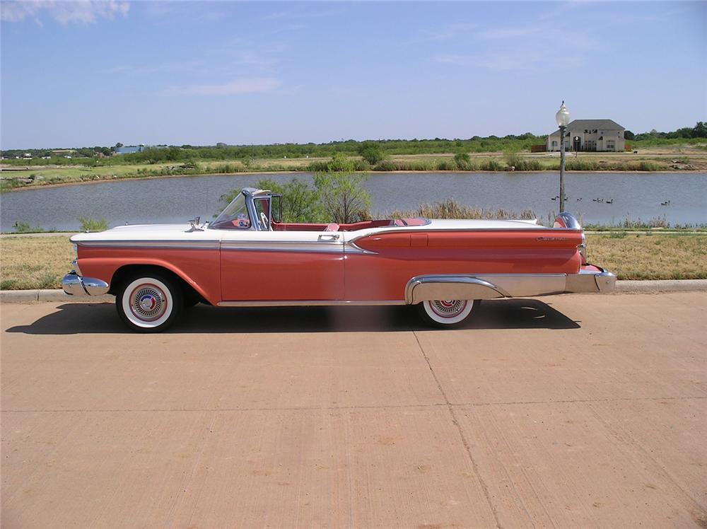1959 FORD GALAXIE 500 RETRACTABLE - Side Profile - 43921