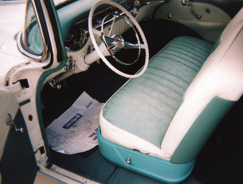 1956 OLDSMOBILE SUPER 88 2 DOOR HARDTOP - Interior - 43926
