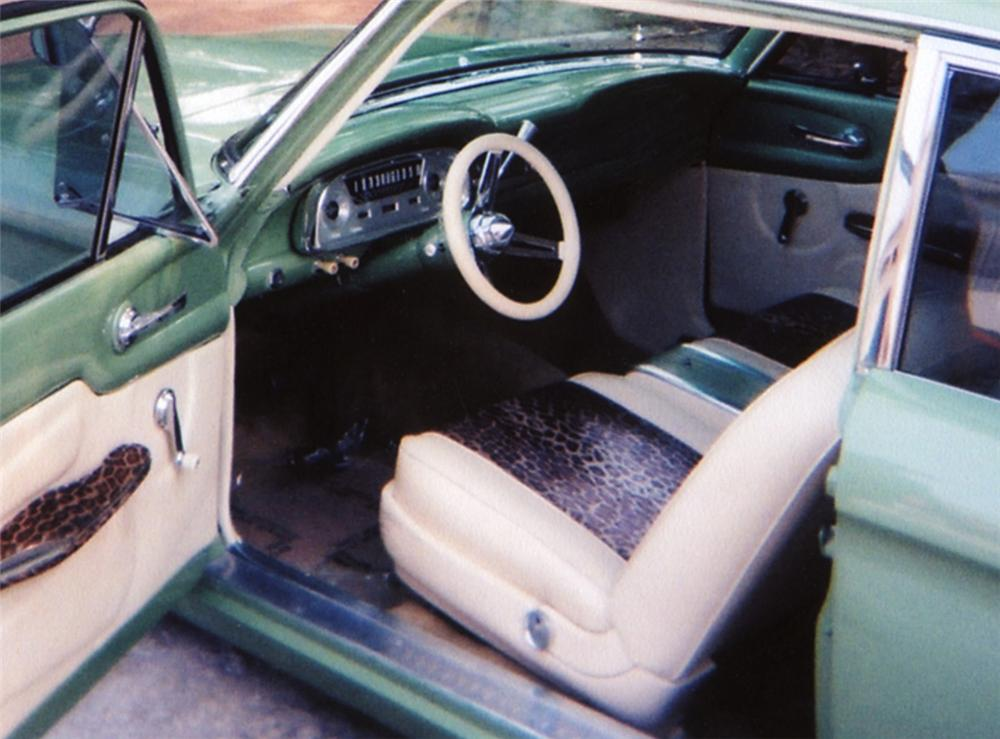 1961 FORD FALCON CUSTOM COUPE - Interior - 43944