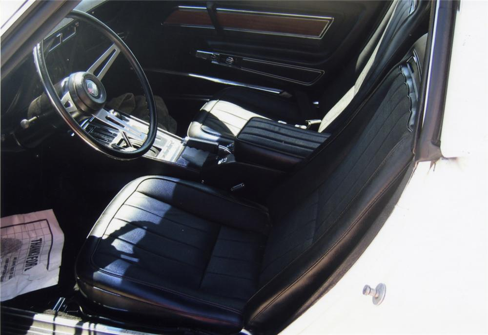 1971 CHEVROLET CORVETTE COUPE - Interior - 43961