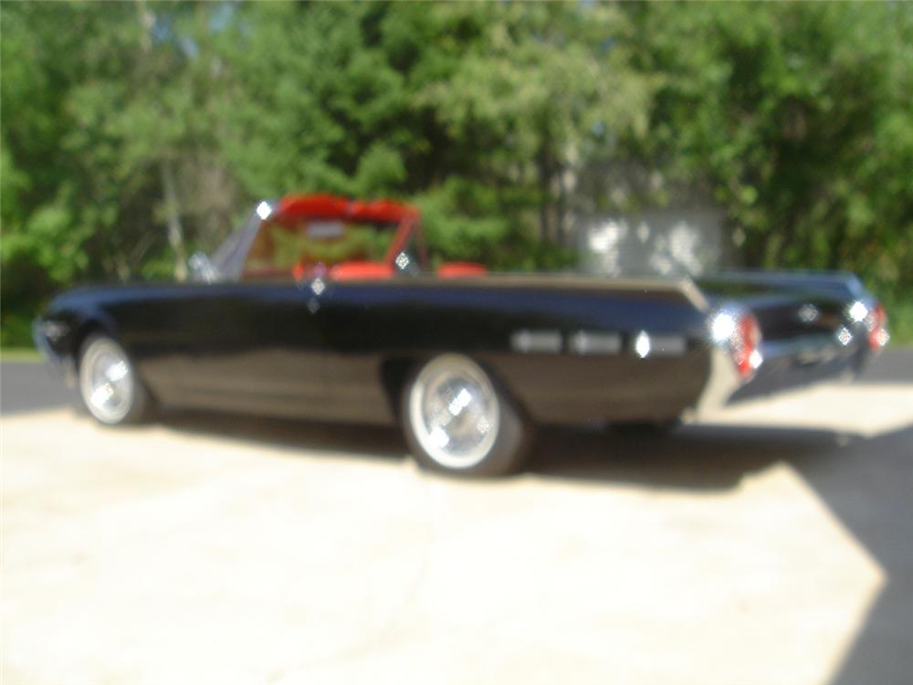 1962 FORD THUNDERBIRD SPORT ROADSTER - Side Profile - 43964
