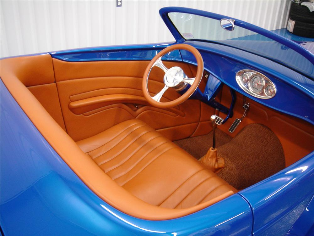 1932 FORD BOYDSTER II ROADSTER - Interior - 44004