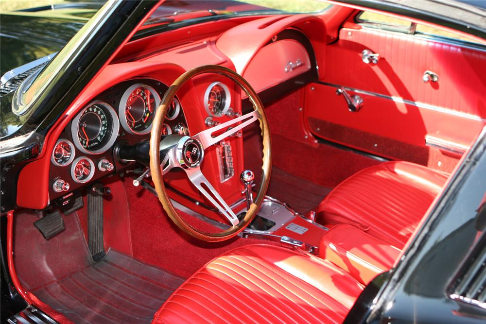 1964 CHEVROLET CORVETTE FI COUPE - Interior - 44036