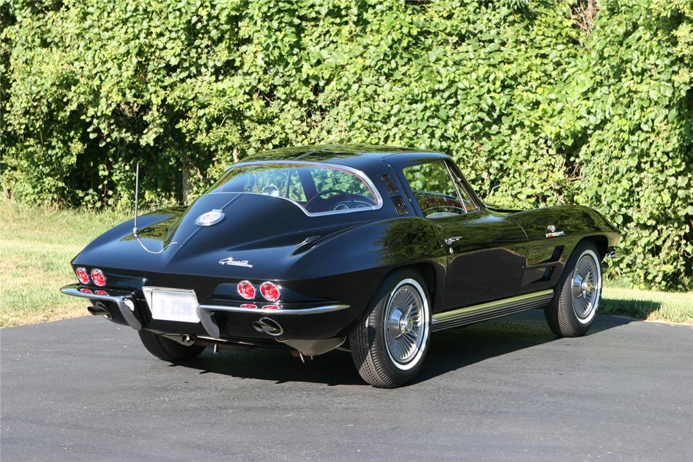 1964 CHEVROLET CORVETTE FI COUPE - Rear 3/4 - 44036