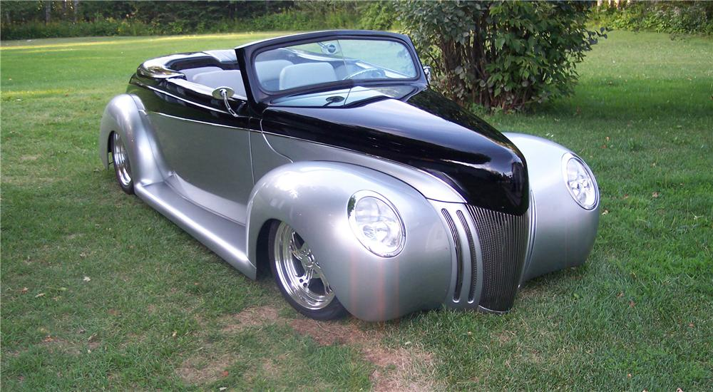 1940 FORD DELUXE CUSTOM CONVERTIBLE - Front 3/4 - 44040