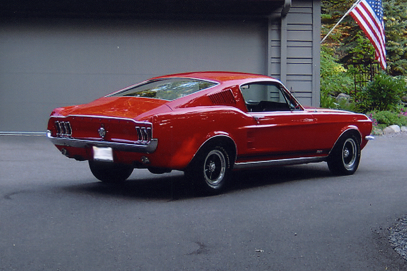 1967 FORD MUSTANG GTA FASTBACK - Rear 3/4 - 44045