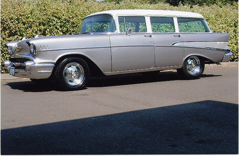 1957 CHEVROLET 210 CUSTOM STATION WAGON - Front 3/4 - 44046