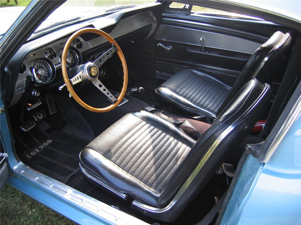 1967 SHELBY GT350 FASTBACK - Interior - 44078
