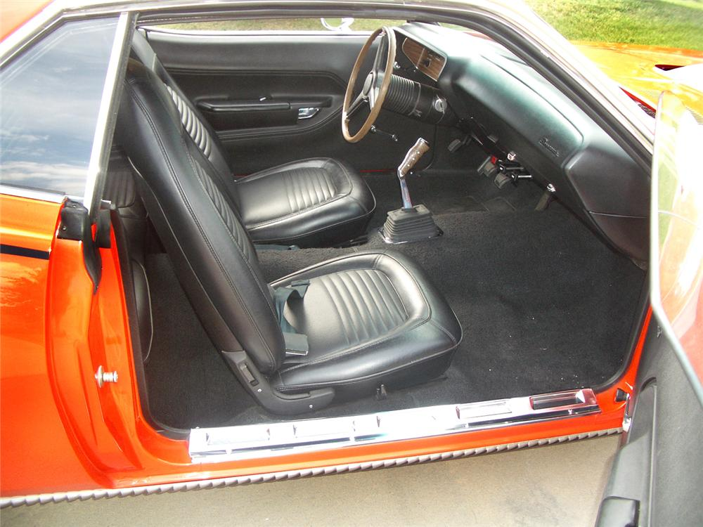 1970 PLYMOUTH CUDA 2 DOOR HARDTOP - Interior - 44082