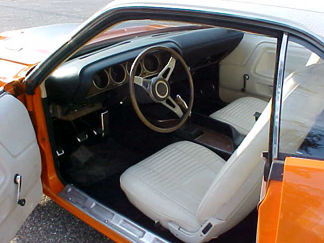 1970 DODGE CHALLENGER R/T 2 DOOR HARDTOP - Interior - 44103