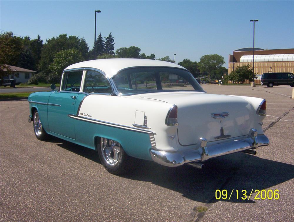 1955 CHEVROLET BEL AIR CUSTOM 2 DOOR POST - Rear 3/4 - 44120