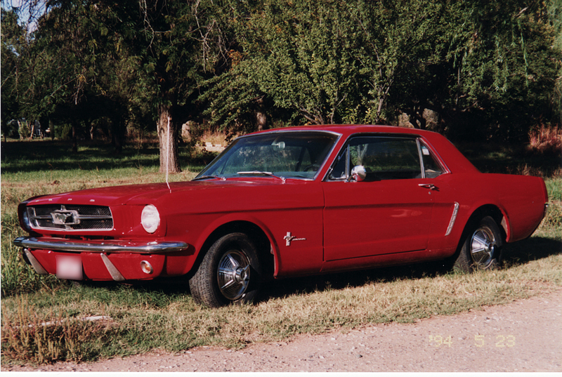 1965 FORD MUSTANG COUPE - Front 3/4 - 44136