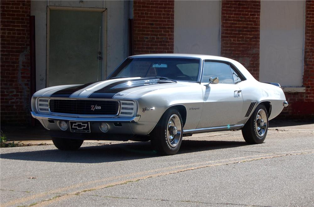 1969 CHEVROLET CAMARO Z/28 RS COUPE - Front 3/4 - 44147