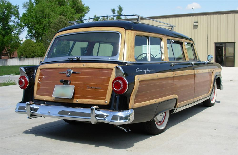 1956 FORD COUNTRY SQUIRE WAGON - Rear 3/4 - 44163