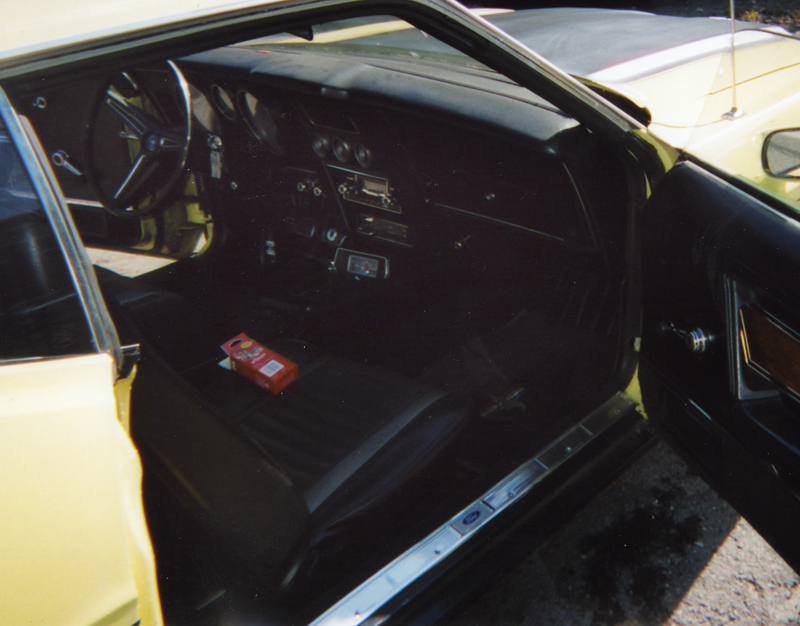1971 FORD MUSTANG MACH 1 FASTBACK - Interior - 44185