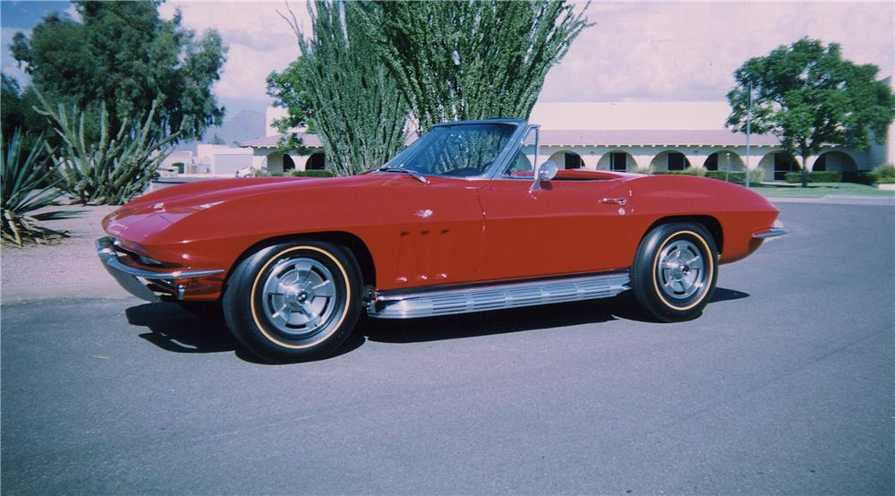 1966 CHEVROLET CORVETTE CONVERTIBLE - Front 3/4 - 44190