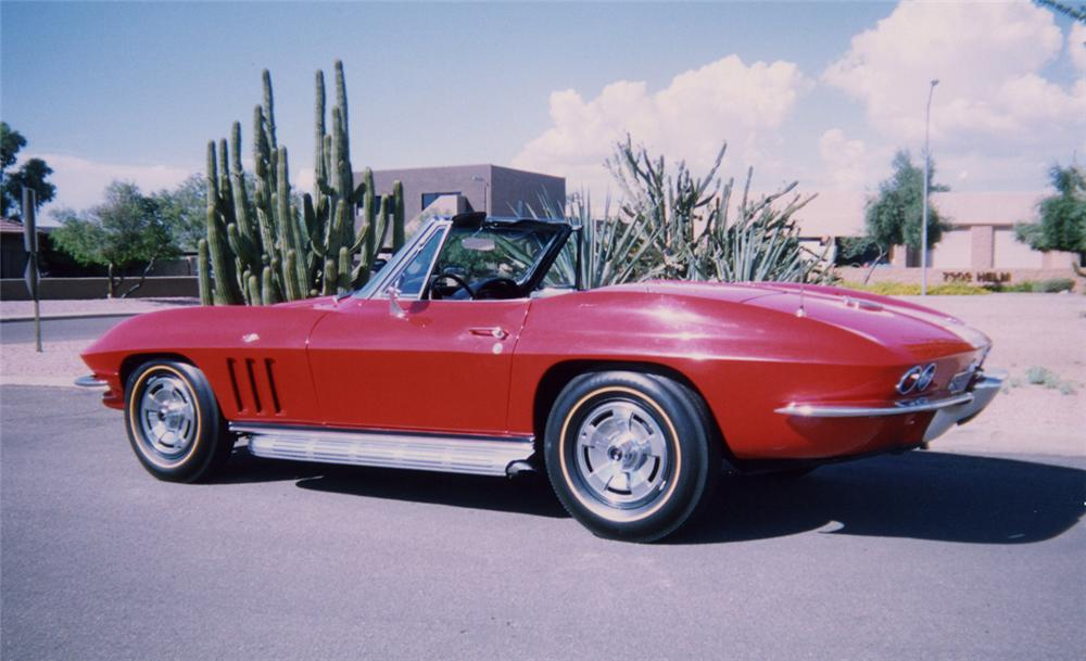 1966 CHEVROLET CORVETTE CONVERTIBLE - Rear 3/4 - 44190