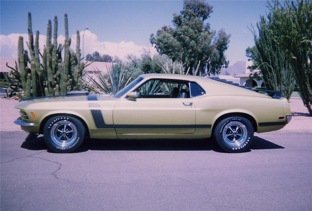 1970 FORD MUSTANG BOSS 302 - Side Profile - 44194