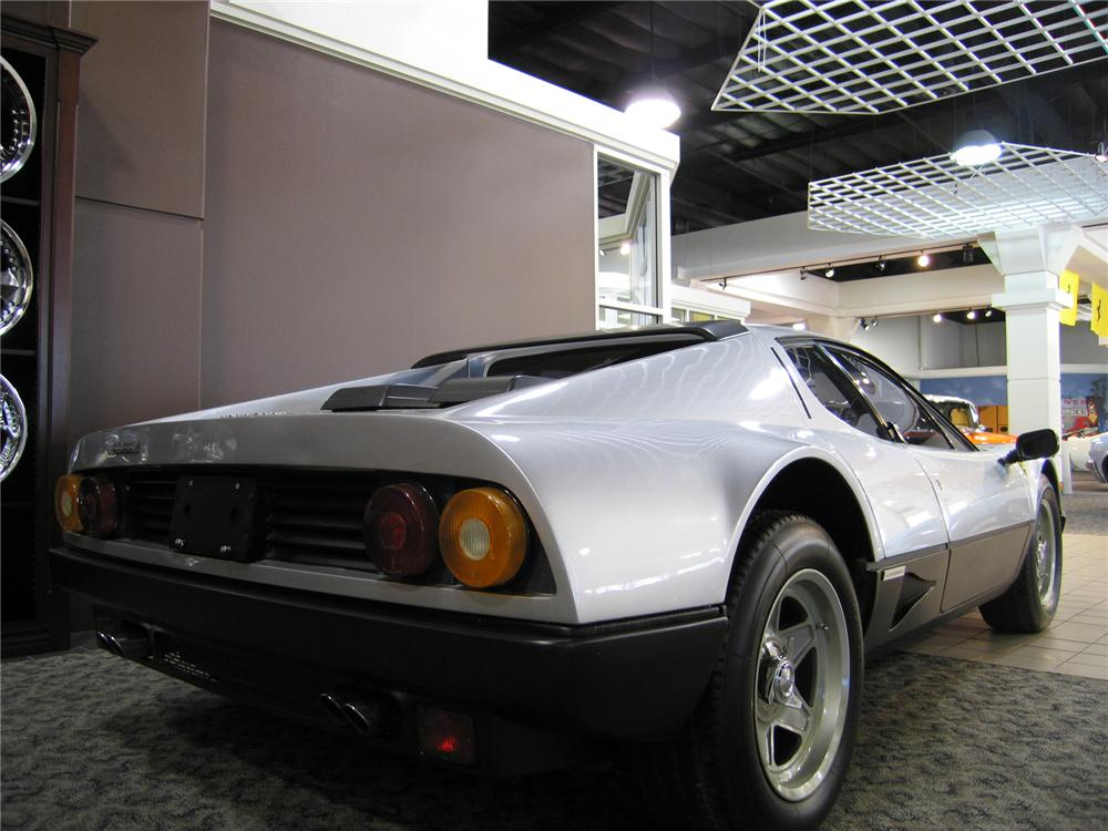 1984 FERRARI 512 BBI COUPE - Rear 3/4 - 44216