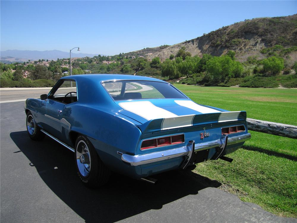 1969 CHEVROLET CAMARO Z/28 JL8 COUPE - Rear 3/4 - 44219