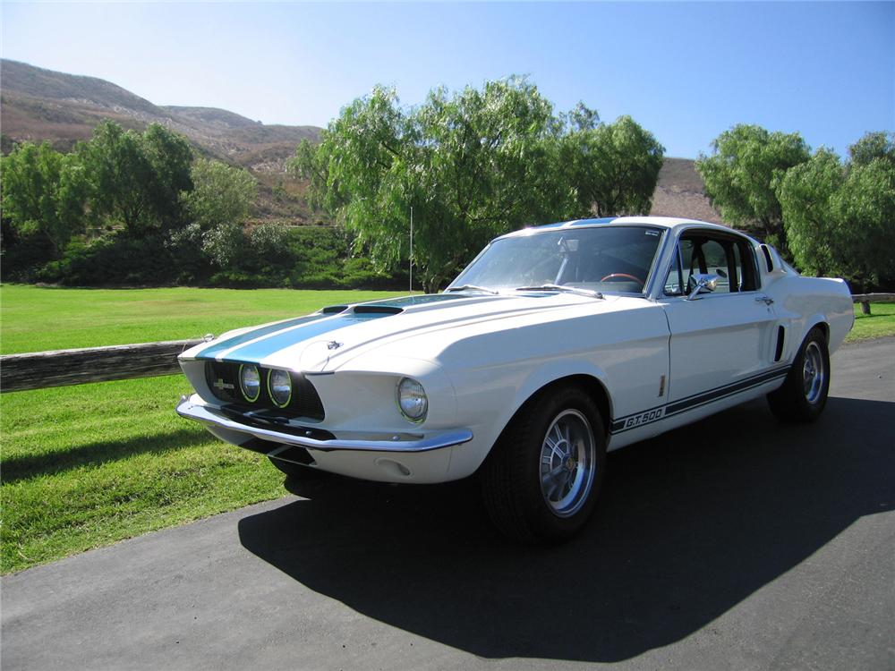 1967 SHELBY GT500 FASTBACK - Front 3/4 - 44221