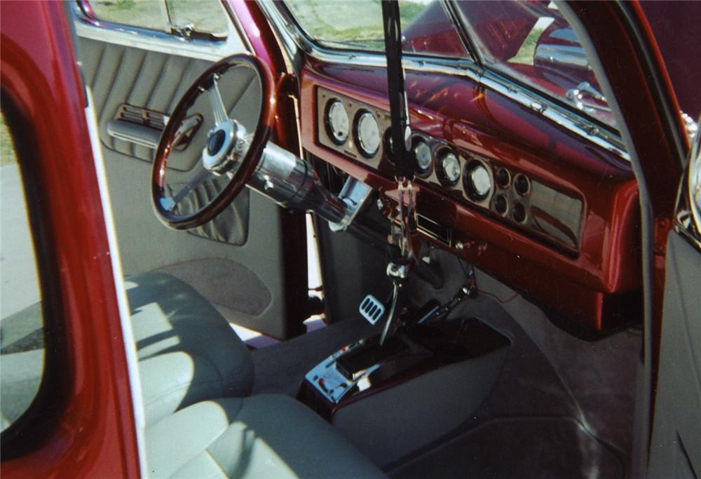 1940 FORD DELUXE CUSTOM COUPE - Interior - 44228