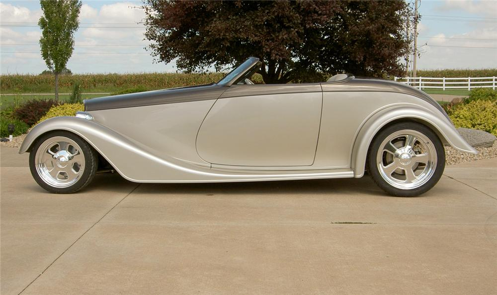 1933 FORD CUSTOM ROADSTER - Side Profile - 44232
