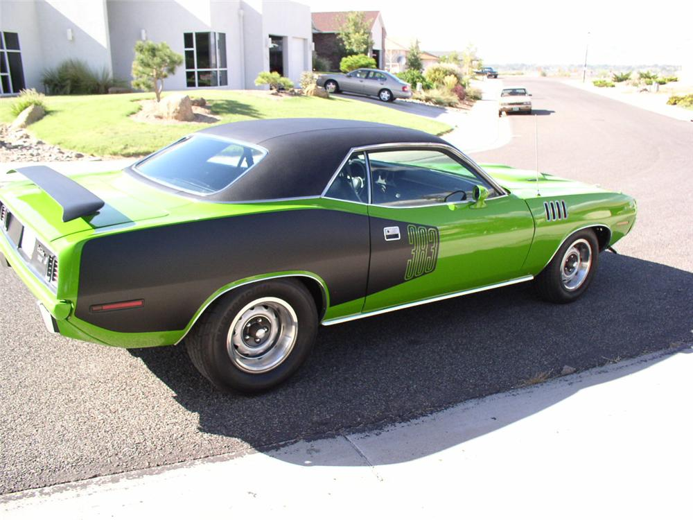 1971 PLYMOUTH CUDA 2 DOOR HARDTOP - Rear 3/4 - 44235