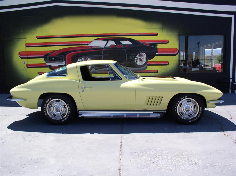1967 CHEVROLET CORVETTE 327 COUPE - Side Profile - 44244