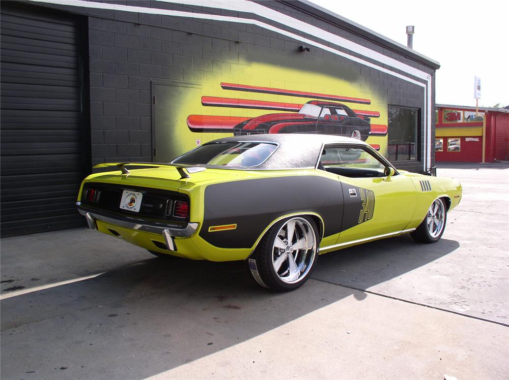 1971 PLYMOUTH BARRACUDA CUSTOM 2 DOOR HARDTOP - Rear 3/4 - 44245