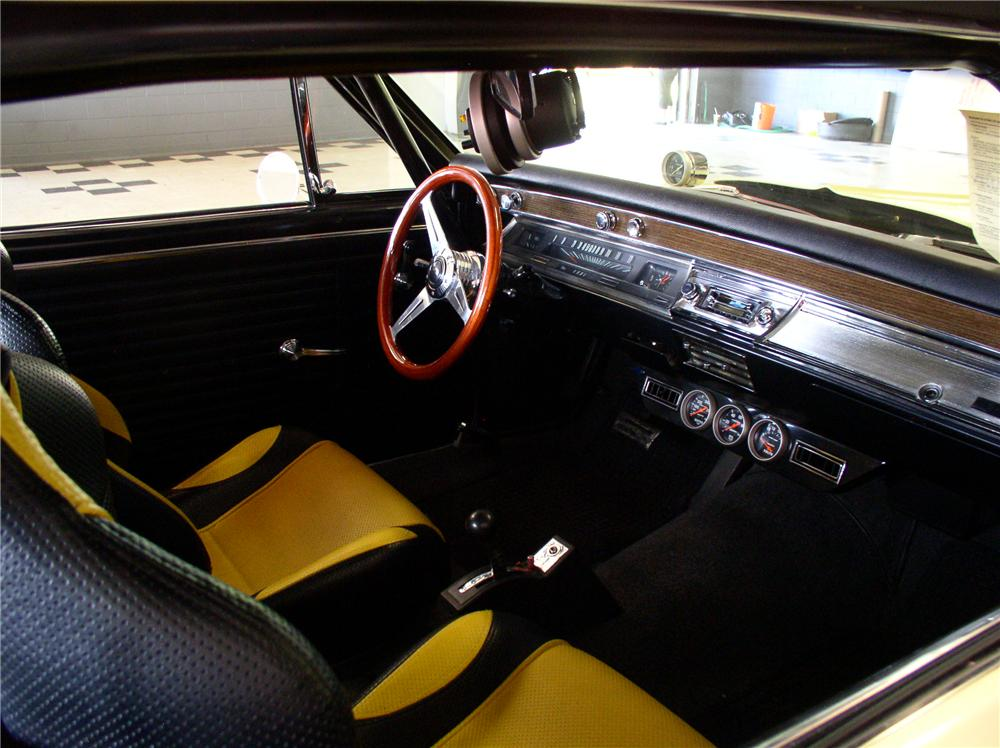 1967 CHEVROLET CHEVELLE CUSTOM 2 DOOR HARDTOP - Interior - 44247