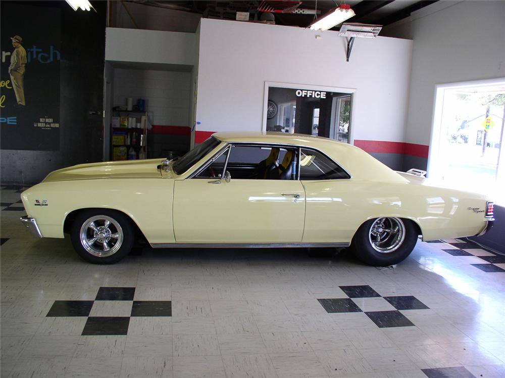 1967 CHEVROLET CHEVELLE CUSTOM 2 DOOR HARDTOP - Side Profile - 44247