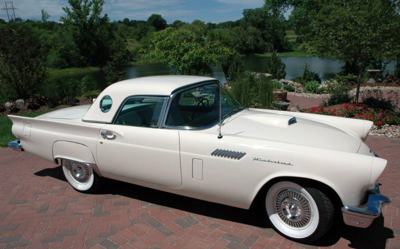 1957 FORD THUNDERBIRD CONVERTIBLE - Front 3/4 - 44309