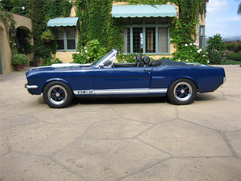 1966 FORD MUSTANG CUSTOM CONVERTIBLE - Side Profile - 44312