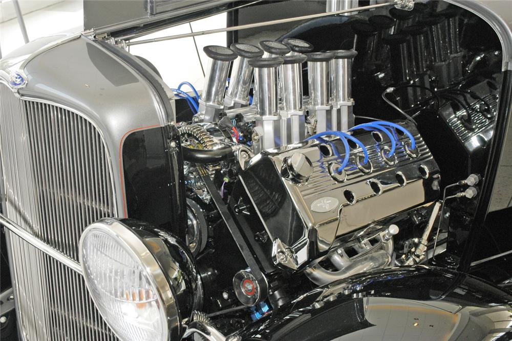 "1932 FORD CUSTOM ROADSTER ""DETROIT DEUCE"" - Engine - 44328"